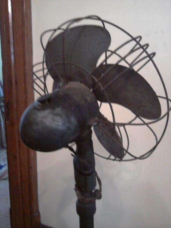 Vintage Pedestal Fan : Signal cool spot quot oscillating pedestal fan post