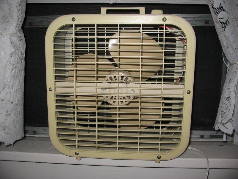 Lakewood Box Fan 20 : Box fans post vintage antique fan collectors